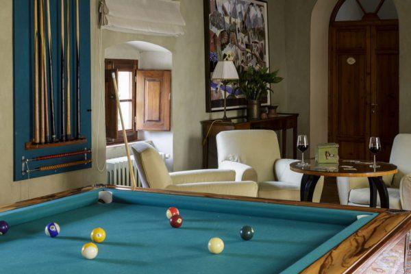 Hotel Facilities - Billiard Room