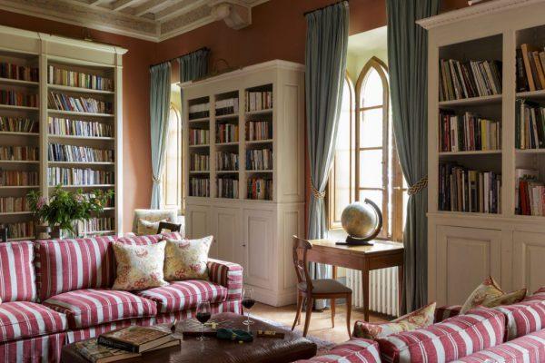 Hotel Facilities - Library