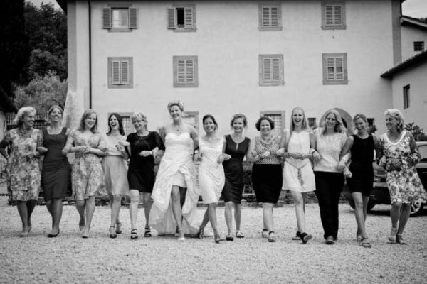 Matrimonio-Ilona-gruppo-donne_3